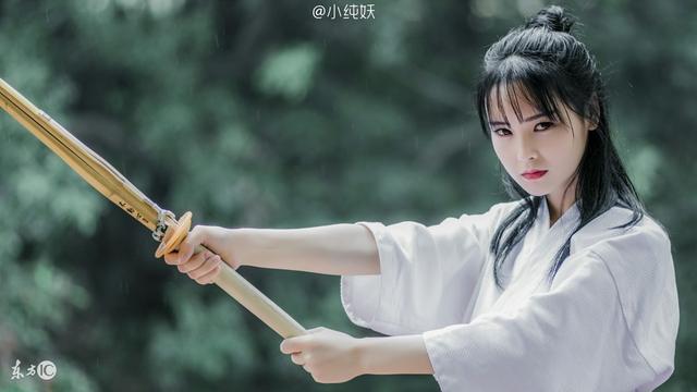 小说:她在现代学了中西和西医,穿越到古代,终于都派上用场了