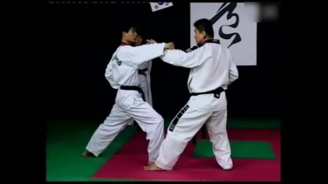 跆拳道品势基础教学:太极三章,训练初学者的攻防意识和技能