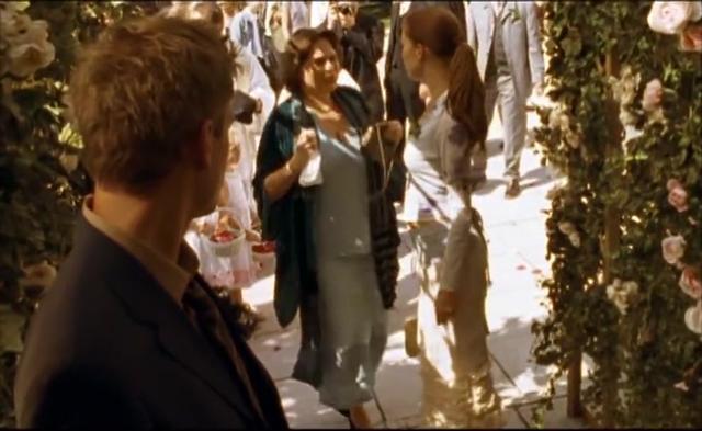 马克思的女友在婚礼上见到一神秘人,他们之间的关系并不简单