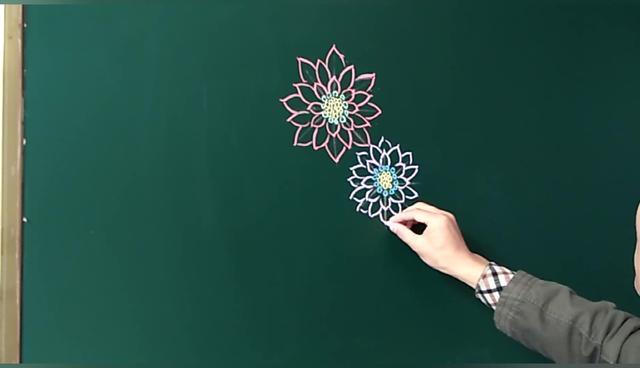 母亲节画花怎么画
