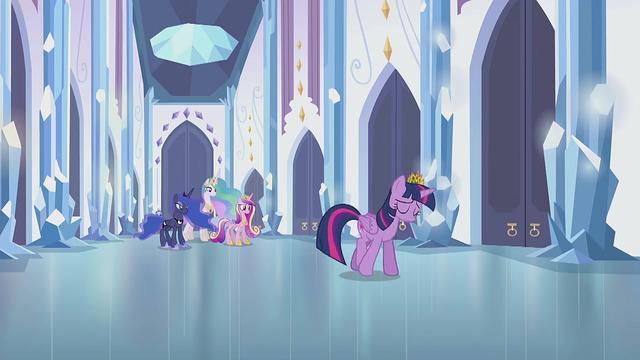 小马宝莉几位公主人形版本合集,月亮公主版本这么多,该选哪一个