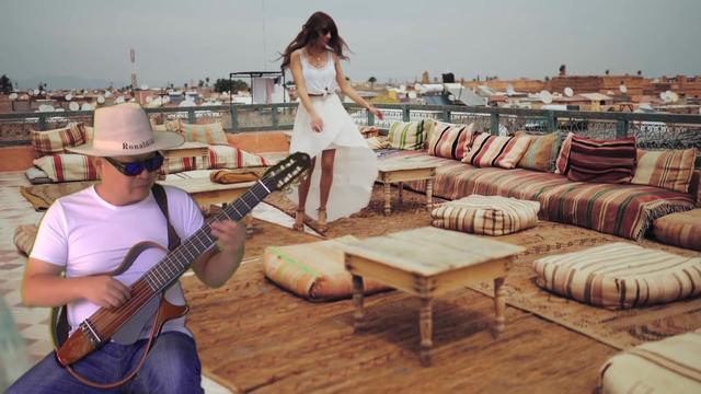 雅马哈静音吉他开箱,你能听得见我在弹吉他吗?_哔... -bilibili