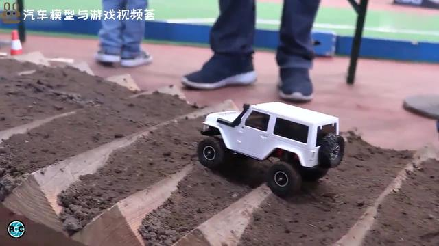 RC遥控跑车越野车卡车