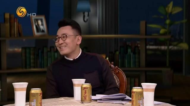 """窦文涛马未都讨论上海地铁""""凤爪女""""事件,地铁对骂发人深思!"""