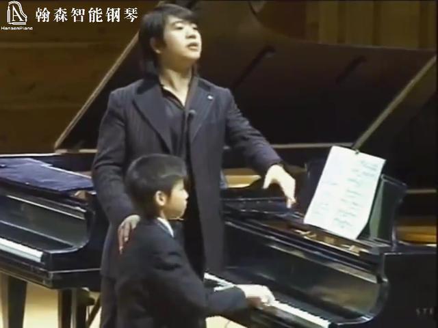郎朗教学钢琴现场,瞬间服气!这头摆的,高能!