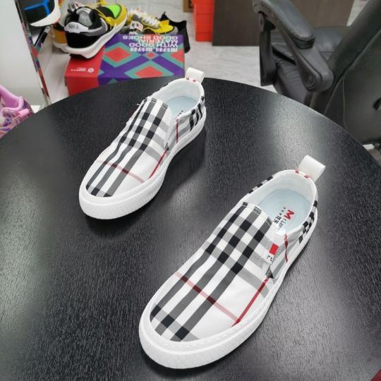 春季韩版男士运动休闲鞋跑步潮鞋板鞋阿甘男鞋子夏季透气气垫鞋子