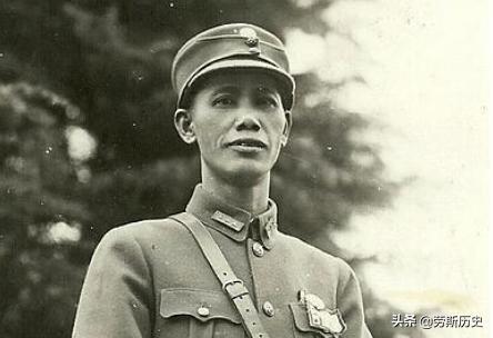 与六万日军血战三十三天,打得日军六次换帅,他叫蔡廷锴
