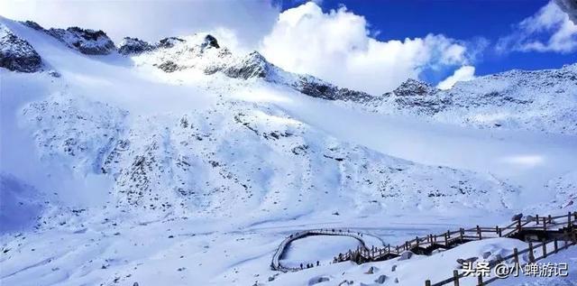 达古冰川景区官方网站 - 达古冰川--你秋季旅行的最佳目的地