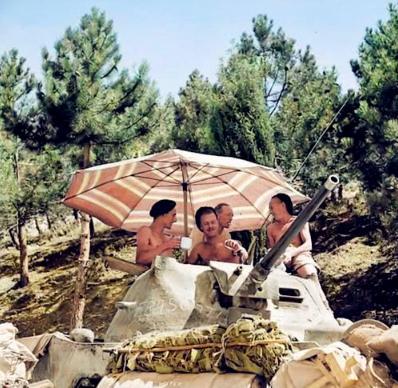 二战老照片,意大利士兵简直是在度假,日本士兵好矮小