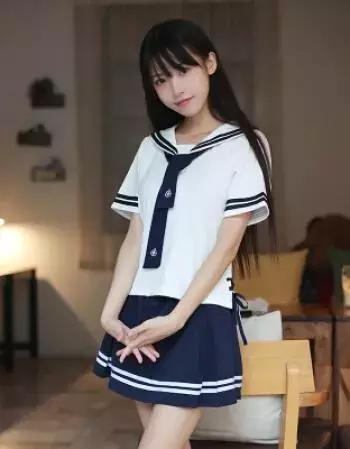日本透明校服图片欣赏