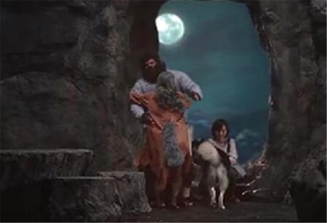 如今狼人都能住智能家居了!洗碗机靠嚎叫,声控太有趣了