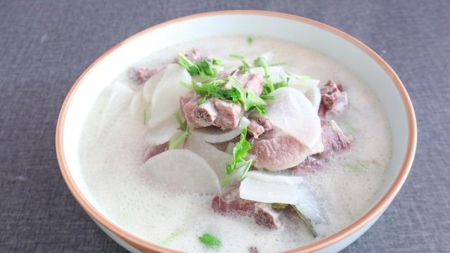 爱吃排骨的一定要收藏,教你煲美味营养的排骨汤,好喝极了