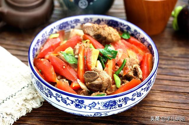 胡萝卜烧排骨最经典的做法,简单美味,上桌被疯抢,好吃又下饭