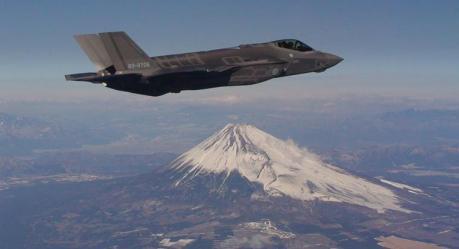 特朗普连任有望!美国迎日本231.1亿订单,疫情也不影响军火经济