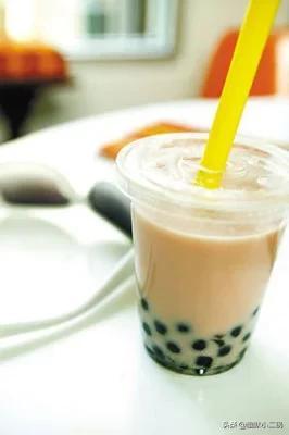 一杯奶茶的利润有多大!奶茶成本分析告诉你!
