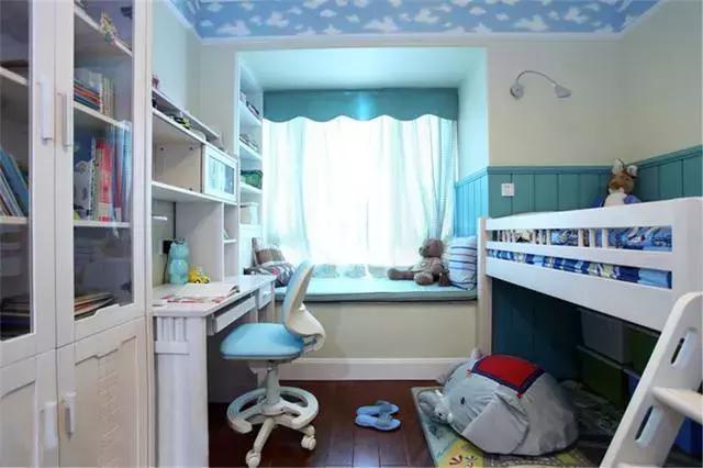 卧室飘窗装修得这么美,把客厅都比下去了,闺蜜们抢着来做客