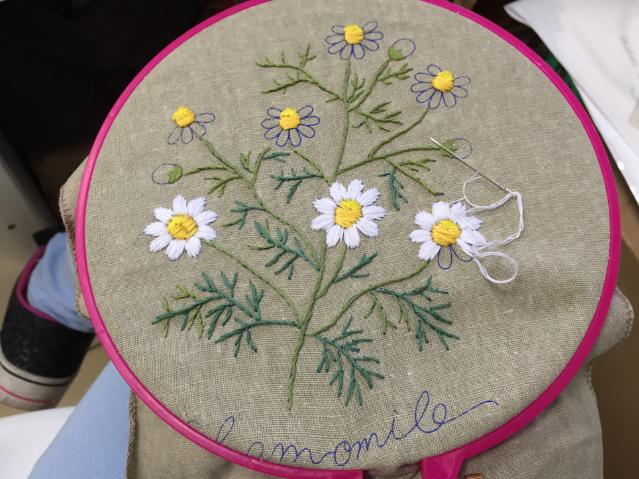 刺绣是给生活添加乐趣,看这里,整理了最全的刺绣针法步骤