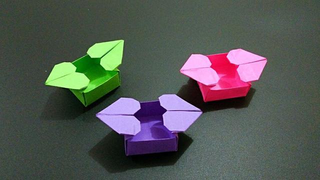 儿童手工折纸爱心盒子,带有2个心形的收纳盒折法视频