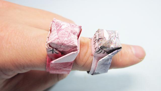 折纸:钻石戒指折纸教程,学会这个小窍门,轻松折出纸戒指!