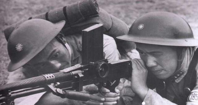捷克式轻机枪和歪把子