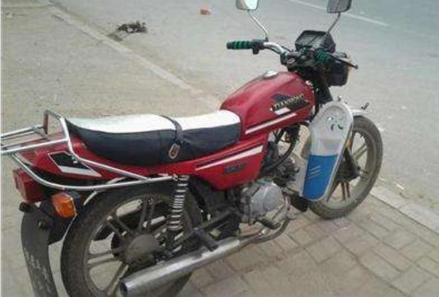 第一批本田天虹90摩托车现在还值钱吗?