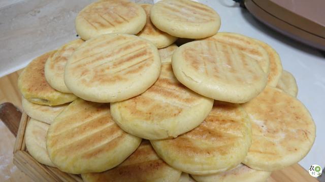 【步骤图】烙红糖花生饼(发面)的做法_烙红糖花生饼(... _下厨房
