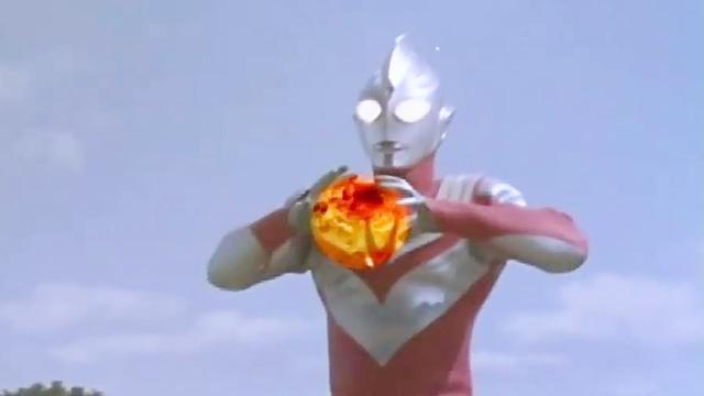 迪迦奥特曼杀死怪兽后居然没尸体,原来它是另一个时空的怪兽!