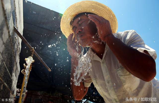 10张农民工干活的照片,让人看了很心酸!