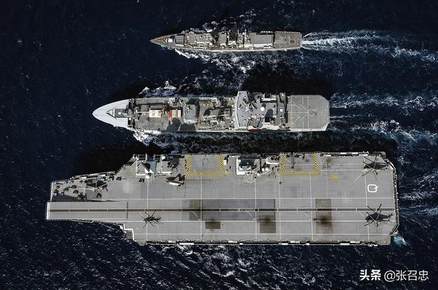 英国禁用华为,航母部署南海,八国联军正在组建