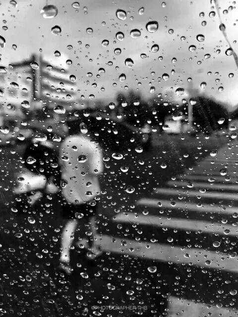 这些黑白图片每一张都具有深意,黑白也是生活的色调之一