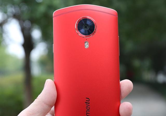 美图手机别乱买,优先考虑这3款,人人都能成网红!