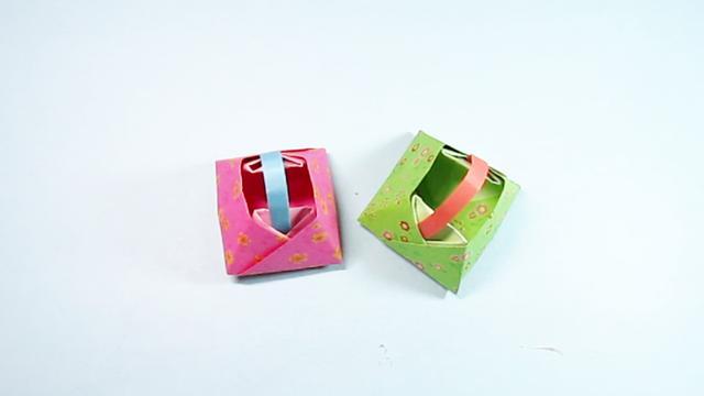 手把手教你折纸篮子,简单一学就会的手提小花篮的折法
