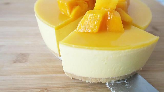 最適合夏天的慕斯蛋糕,不需要烤箱就能做,香甜可口太好吃了