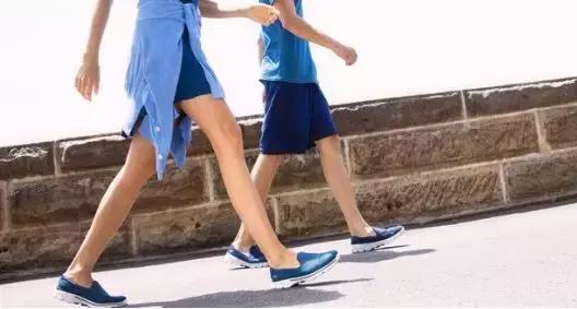 城市慢跑必备休闲鞋,斯凯奇这回真的有料