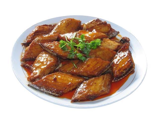 这才是带鱼最好吃的做法,外酥里嫩,酱香浓郁,鱼刺鱼骨都吃净