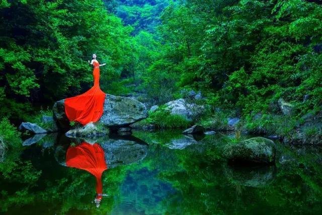 撒欢青山绿水间,广东夏日热门溯溪地!