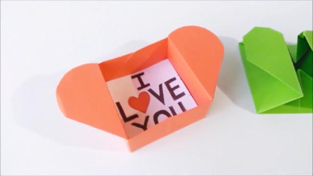 DIY小手工,用纸张折一个心盒,打开是盒子,合起来就是爱心