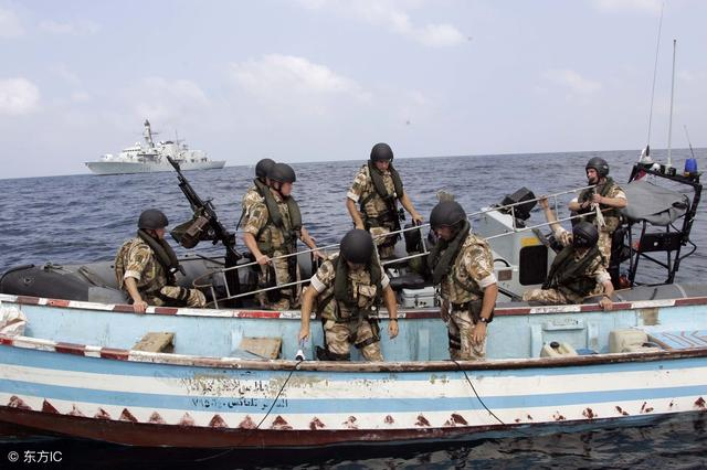 中国海军和海盗作战视频