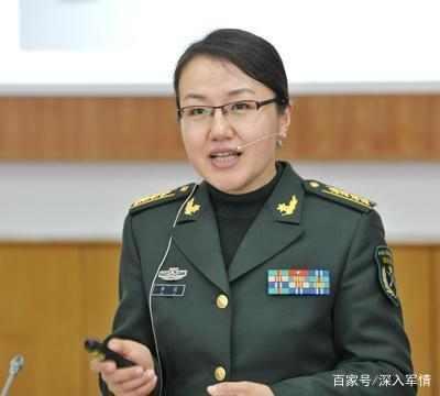 軍事專家李莉簡歷