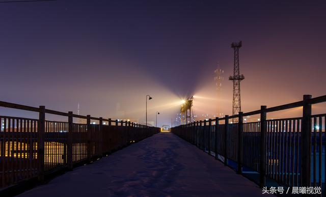 被镜头中的夜景惊艳到了,吉林龙潭山夜景百年不遇