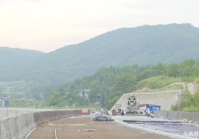 合福高铁武夷山北站快速通道力争今年通车