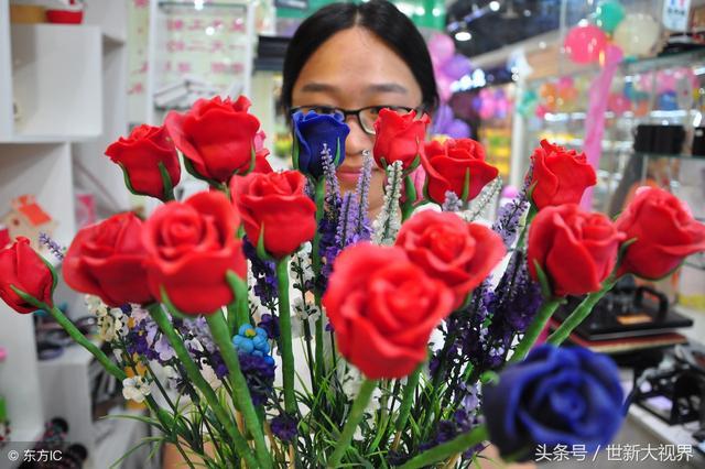 高清晰红色单支玫瑰花壁纸-手机移动版