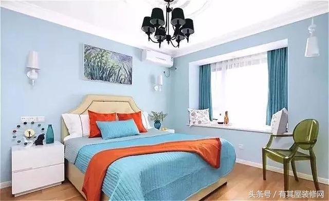 25款 · 卧室带飘窗 · 装修效果图