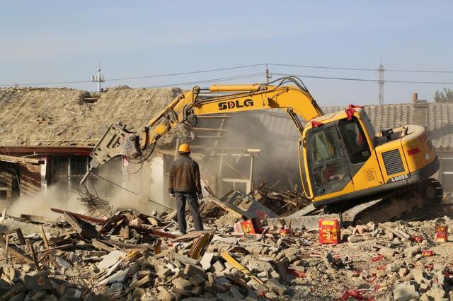 """改造不等于""""拆迁""""!但倘若有拆迁的机会,是早拆好还是晚拆好?"""