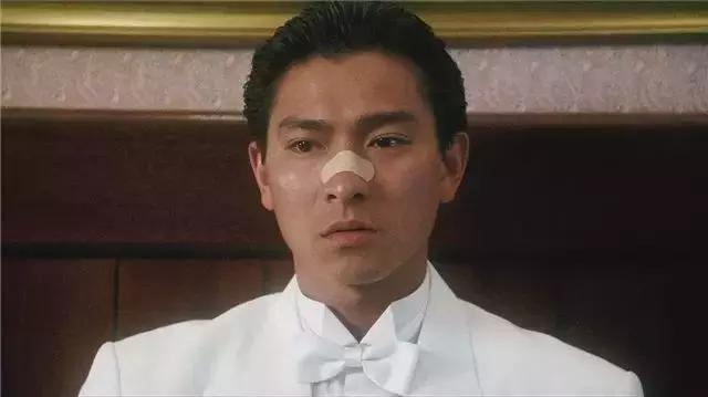 1989年的刘德华有多厉害?一年拍了16部电影,五部和王晶有关