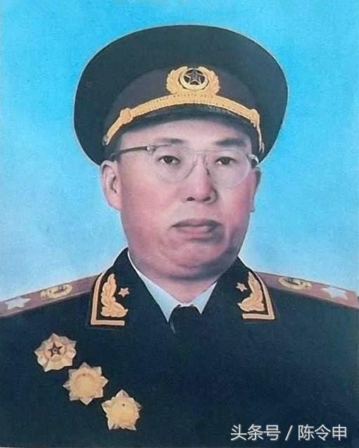 彭措饶杰:显赫世家的藏军总司令_东方新闻