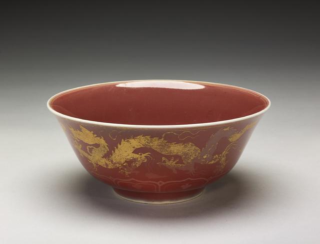 元代红釉瓷器图片