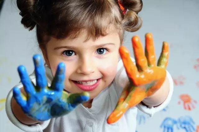 孩子画画图片大全