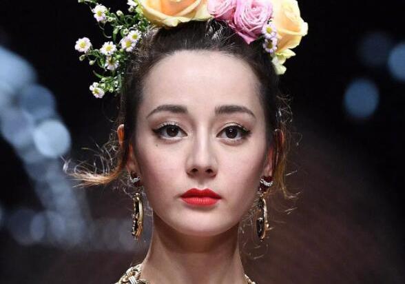 热巴米兰走秀被吐槽不如泰国女星mai,粉丝为偶像辩解:mai是模特