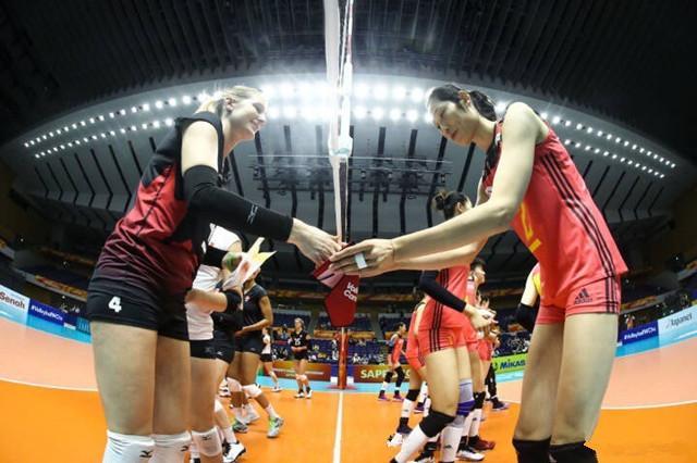 友谊热身赛中国加拿大